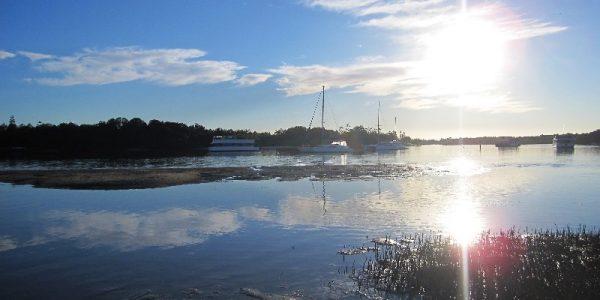 tweed-waters-motel-sunrise